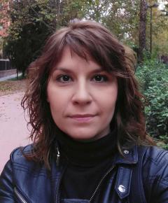 Mónica-Elena-Burtán--